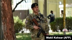 Një zyrtar policor në Kabul. Fotografi ilustruese.