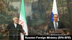 RUSSIA -- Russian Foreign Minister Sergei Lavrov (R) holds a joint news conference with his Iranian counterpart Mohammad Javad Zarif following their bilateral talks in Moscow, July 21, 2020