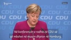 Merkel shpalos planet për largim