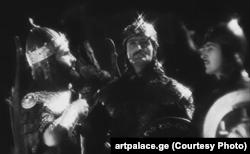 """კადრი ფილმიდან """"ქაჯები"""". საქართველოს ხელოვნების სასახლე"""
