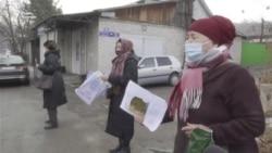 Протесты у консульства Китая в Алматы: в поисках родных