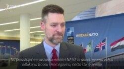 Mackey: NATO će nastaviti aktivnosti u BiH