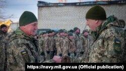 Украінскія марскія пехацінцы на Данбасе. Архіўнае фота.