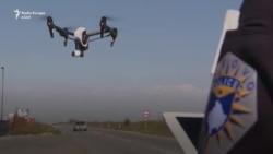 Policia patrullon me dron