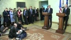 Арсеній Яценюк та держсекретар США Джон Керрі обговорили ситуацію на Донбасі