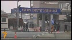 У Туреччині усунули з посад сотні працівників поліції після антикорупційної операції