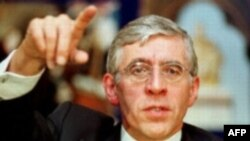 Jack Straw has been accused of covering up how the cabinet agreed to join the U.S.-led invasion.