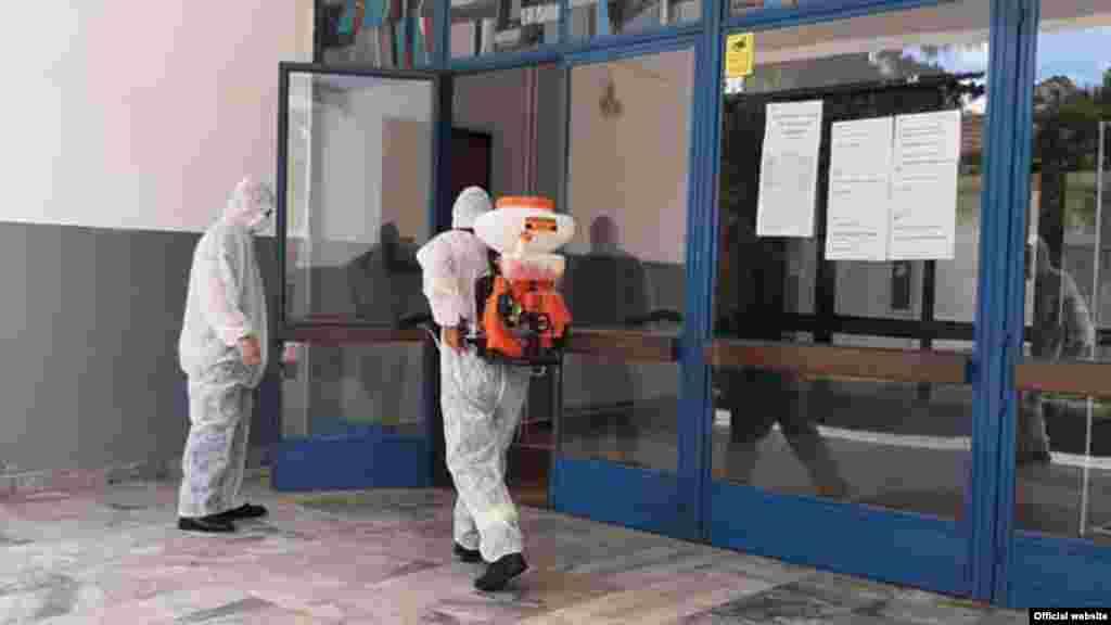 МАКЕДОНИЈА - Министерот за здравство Венко Филипче денеска информираше дека ќе се набави најсофистицирана терапија на антитела за ковид пациенти со коктел од casirivimab и imdevimab.