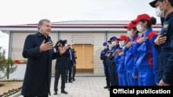 Regional officials have been scrambling to spruce up neighborhoods after Uzbek President Shavkat Mirziyoev made several unannounced trips to residential neighborhoods in recent weeks.