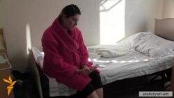 Մահացած նորածնի մայրը մեղադրում է բժիշկներին