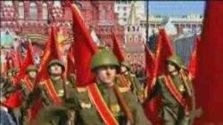 رژه نیروهای عضو پیمان ناتو در میدان سرخ مسکو