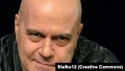 """Лидерът на """"Има такъв народ"""" Слави Трифонов"""