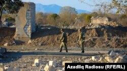 Ադրբեջանցի զինծառայողներ Աղդամում, արխիվ