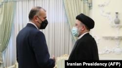ირანის პრეზიდენტი, ებრაჰიმ რაისი და საგარეო საქმეთა მინისტრი, შაჰ ჰოსეინ ამირ-აბდოლაჰიანი