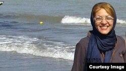 ژیلا کرمزاده مکوندی، فعال مدنی ایران