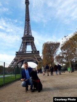 Silviu Roșu és Basil Párizsban