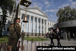 Делегація міноборони Британії вшанувала пам'ять загиблих на Донбасі військових