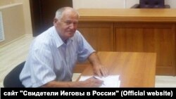 Jehovah's Witness Vladimir Filippov is a retired military officer.