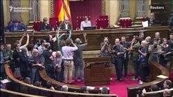 Parlamentul regional de la Barcelonia a declarat independența Cataloniei față de Spania