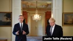 Jens Stoltenberg și Boris Johnson