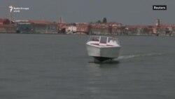 Barka 'fluturuese' që mund ta shpëtojë Venecian