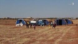 پناه بردن صدها هزار آواره به دشتها و مراتع در شمال ادلب