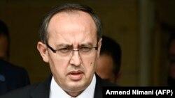 Новиот премиер на Косово, Авдулах Хоти