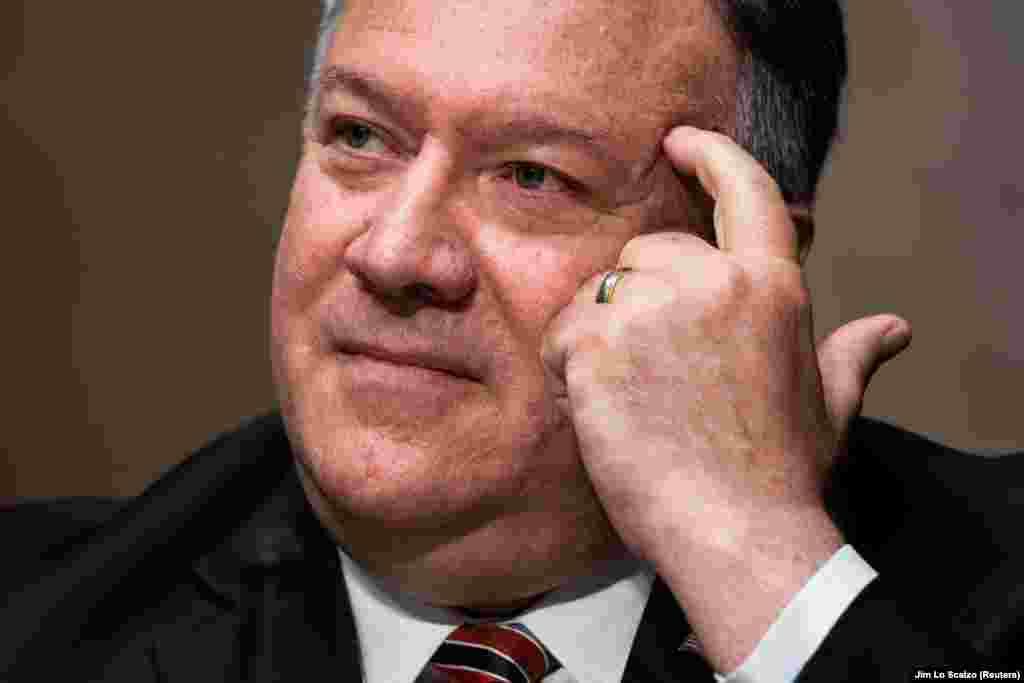 САД - Доколку Русите нуделе пари за убивање Американци, или други од Западот, ќе платат огромна цена за тоа. Тоа е она што му го кажав на Лавров, изјави американскиот државен секретар Мајк Помпео во интервју за РСЕ.