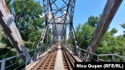 Podul feroviar de la Ungheni peste râul Prut