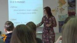 Cine distruge miturile despre refugiați în Cehia
