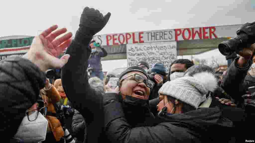 Реакција на луѓето на пресудата за Шовин.
