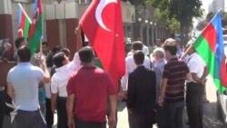 Bakıda aksiya: «PKK terrorçularına lənət olsun»