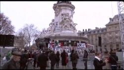 Парижде теракт курмандыктары эскерилди