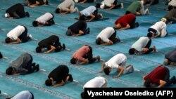 Бишкектеги мечиттердин бири. 2020-жыл, 12-июнь.