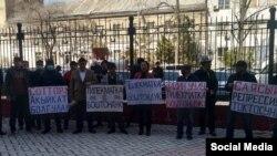 Дар Бишкек озодии Тилекмат Худойбергановро талаб доранд. 6-уми апрели 2021