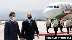 Presidenti i Maqedonisë së Veriut, Stevo Pendarovski dhe ai i Bullgarisë, Rumen Radev.