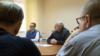 «Диалог» с бывшими «уголовниками». Почему Лукашенко приехал к оппозиционерам в СИЗО (видео)