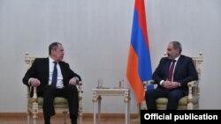 Сергей Лавров ва Никол Пашинян. 21-уми ноябри 2020