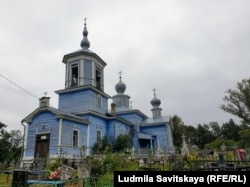 Церковь в деревне Лисье