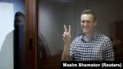 Една от последните снимки на Алексей Навални. 20 февруари 2021 г. в съда в Москва