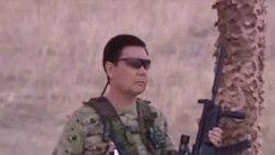 Президент Туркменистана демонстрирует военное мастерство