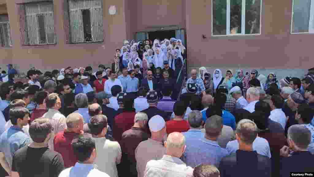 Маросими дафни Назирмад Мӯсоев, ҳунарманди тоҷик