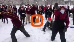 برف سنگین در شرق آمریکا و شادی مردم