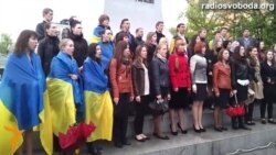 Студенти Харкова, співаючи гімн України, закликали до миру