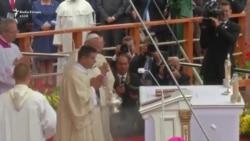 Papa Françesku rrëzohet në Poloni