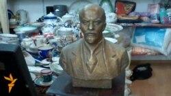 40 manata Lenin, 100 manata patefon
