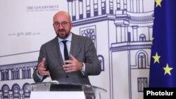Եվրամիության խորհրդի նախագահ Շառլ Միշելը Երևանում ասուլիսի ժամանակ, 17-ը հուլիսի, 2021թ.