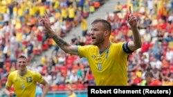17 червня збірна України перемогла команду Північної Македонії у матчі групового етапу Чемпіонату Європи з футболу (група C), що відбувся в румунському Бухаресті, з рахунком 2-1