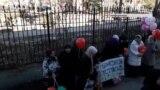 Кримськотатарські активісти зустрічають новонароджену дочку політв'язня Кремля (відео)