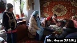 În vizită la Lilia Arabadji, țintuită la pat